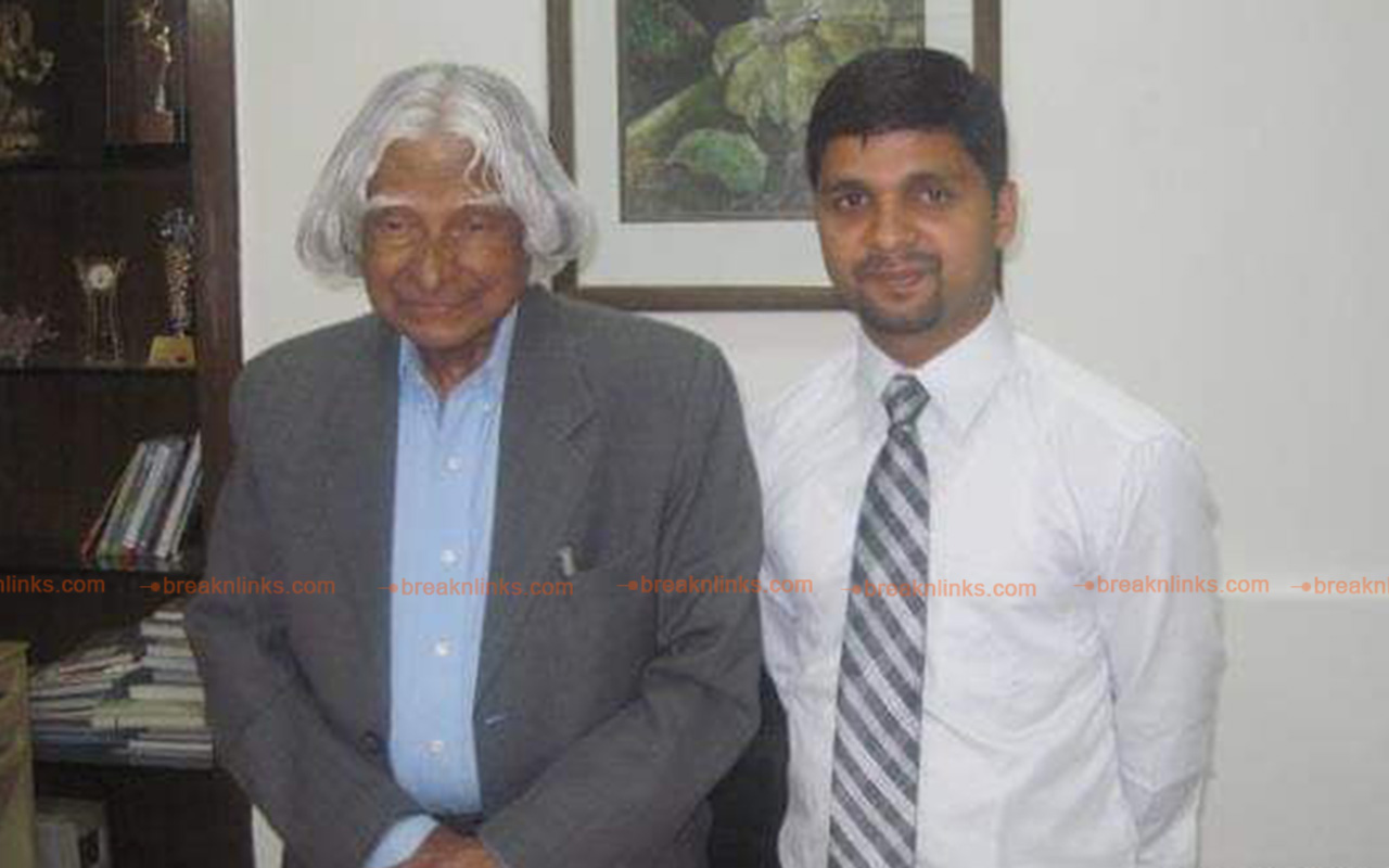 Dr Yadav with the Missile Man of India, Abdul Kalam.