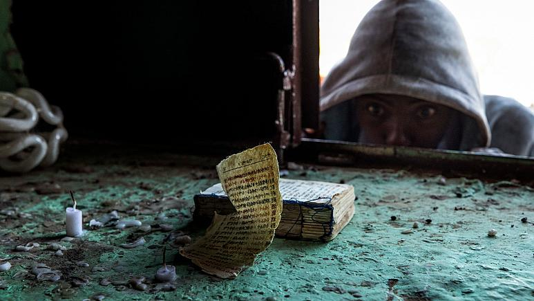 Via AP/ Nariman El-Mofty