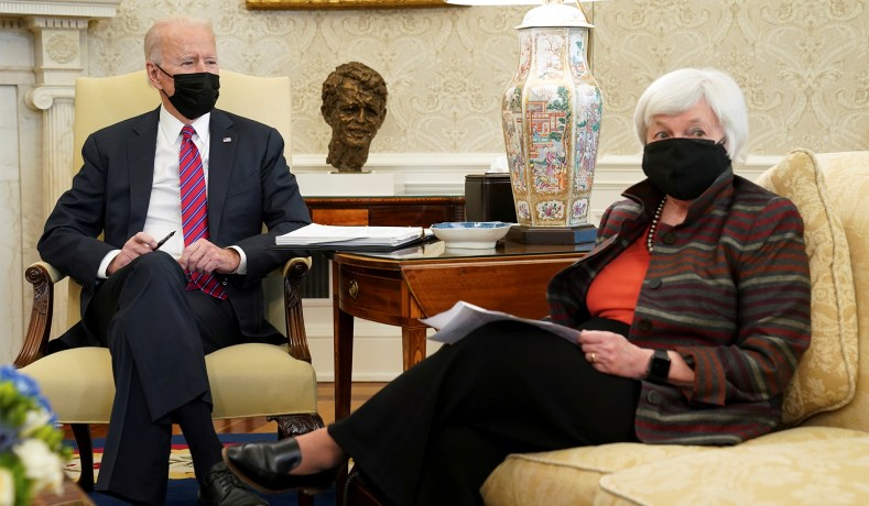 President Joe Biden receives an economic briefing with Treasury Secretary Janet Yellen in the Oval Office at the White House in Washington, D.C., January 29, 2021. (Kevin Lamarque/Reuters)